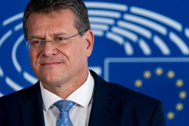 Europese Commissie overweegt voorstel voor universele lader
