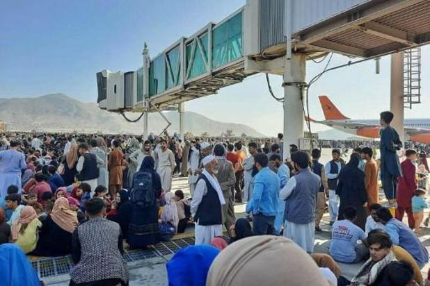 Un soldat afghan tué lors d'un affrontement armé à l'aéroport de Kaboul