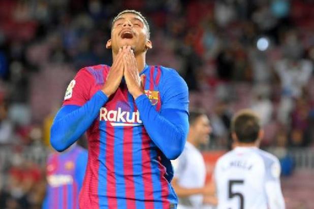 La Liga - Barcelone arrache un point sur le fil à domicile contre Grenade