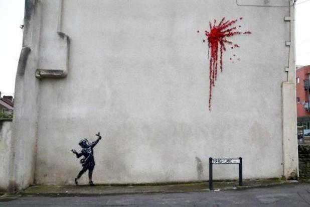 Nieuw werk van kunstenaar Banksy al meteen beschadigd in Bristol