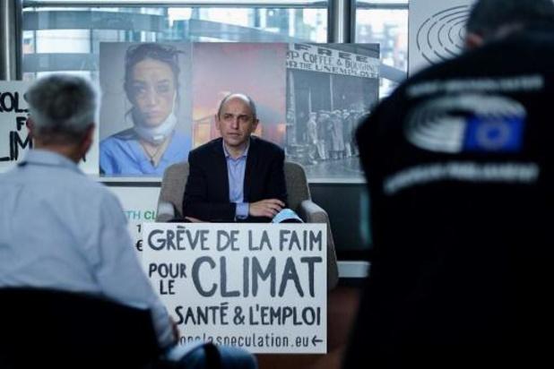 Europese meerjarenbegroting 2021-2027 - Frans Europarlementslid beëindigt hongerstaking voor het klimaat