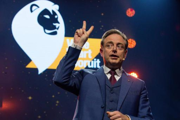 Formation fédérale - De Wever plaide pour une politique sociale forte et un relèvement des petites pensions