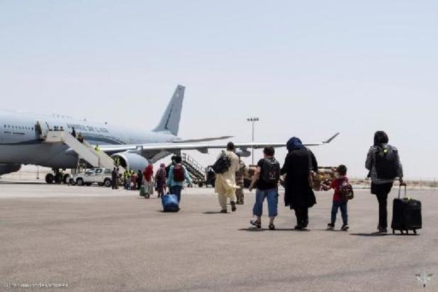 """Paris juge """"nécessaire"""" un """"délai supplémentaire"""" au-delà du 31 août pour les évacuations en Afghanistan"""