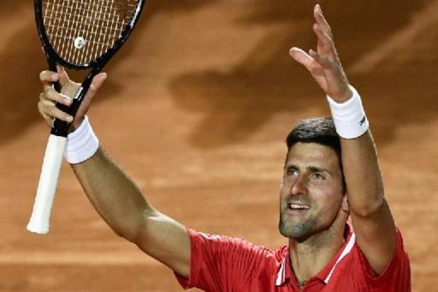 Djokovic laat zich niet verrassen en pakt toernooizege in eigen land