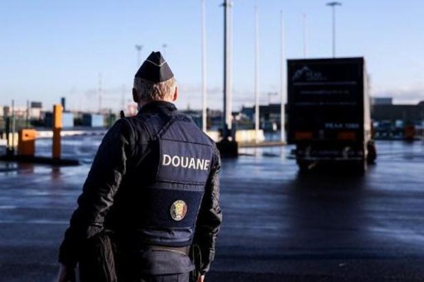 Acht transmigranten gered uit koeltransport in Zeebrugge