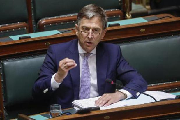 Direction élections sans confiance donnée à un gouvernement en septembre