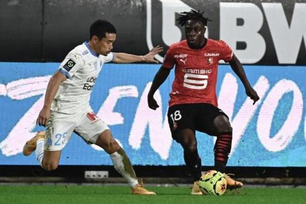 Les Belges à l'étranger - Nantes a aligné un 9e match sans victoire face à Rennes et Jérémy Doku