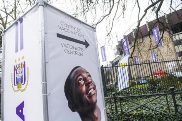 Des centres de vaccination ont ouvert à Anderlecht, à Woluwé-St-Lambert et à Uccle