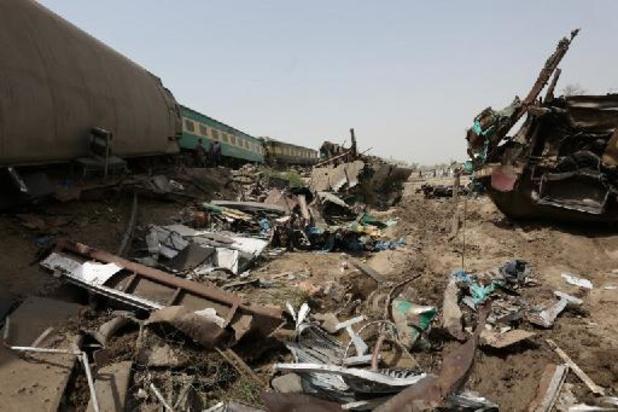 Dodentol na treinongeval in Pakistan loopt verder op