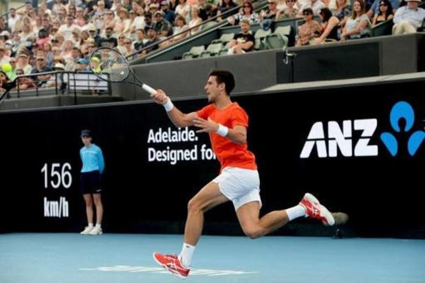 Exhibition à Adéläide : Djokovic ne joue qu'un set, Serena Williams bat Naomi Osaka