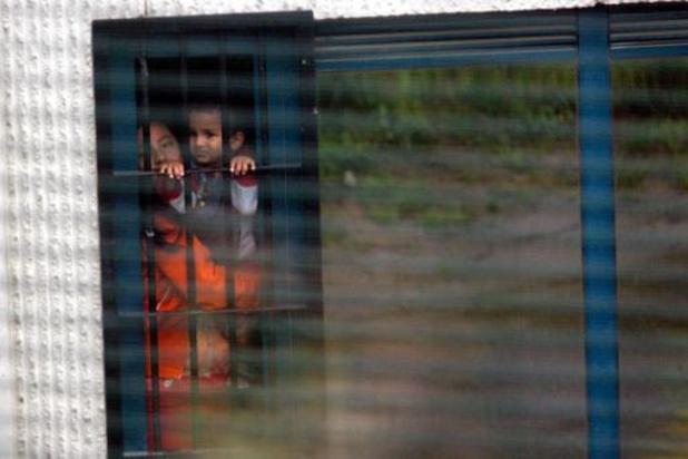 """""""L'urgence est aussi de libérer Clarisse et tous les prisonniers des centres fermés"""""""