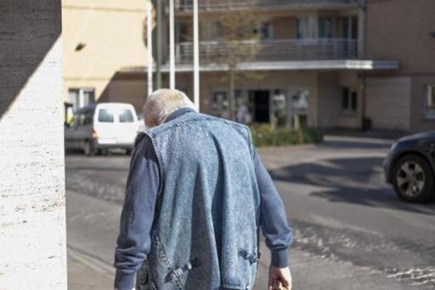 Décès en maison de repos: de 42% en Belgique à 57% en Espagne