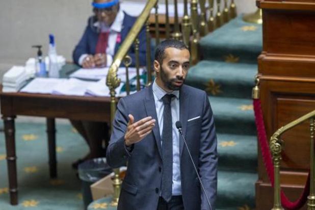 Hongerstaking sans-papiers - Staatssecretaris Mahdi wil dringende oplossing en staat open voor overleg