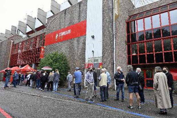 Cinq cents personnes par jour peuvent se faire vacciner au Standard de Liège