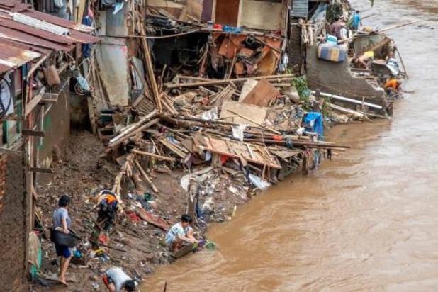 Inondations en Indonésie: au moins 43 morts, des disparus toujours recherchés
