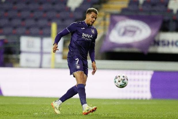 Jupiler Pro League - Lukas Nmecha kondigt vertrek bij Anderlecht aan