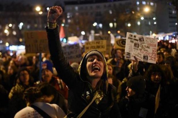 Politie treedt op tegen anti-Polanski-betogers bij Césars