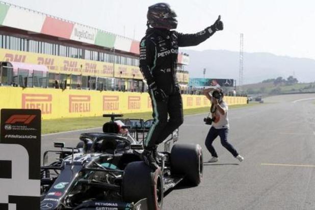 Hamilton verovert 95e pole uit zijn carrière