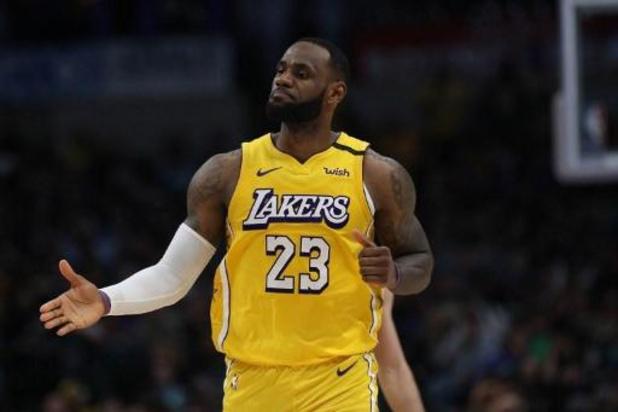 """LeBron James déjà en mode """"All Star Game"""" pour porter les Lakers vers la victoire"""