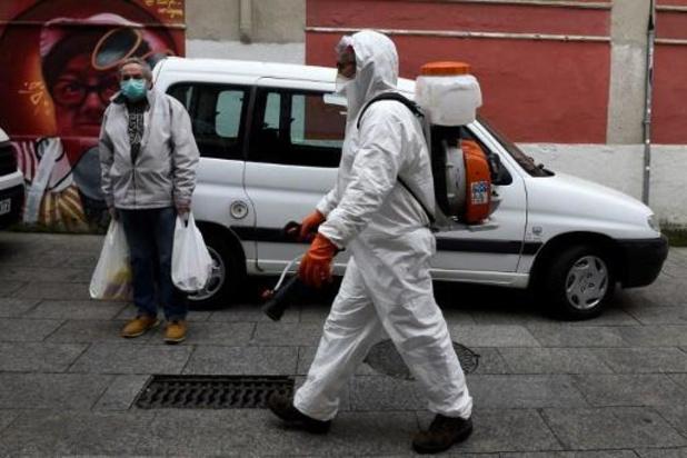 Honderdduizend besmettingen in Spanje, negenduizend sterfgevallen