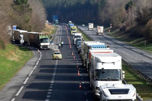 Files op belangrijkste assen in Frankrijk verdubbeld