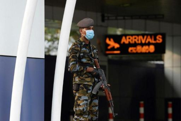 Le Sri Lanka rouvre aux touristes après huit mois, malgré une nouvelle souche du virus
