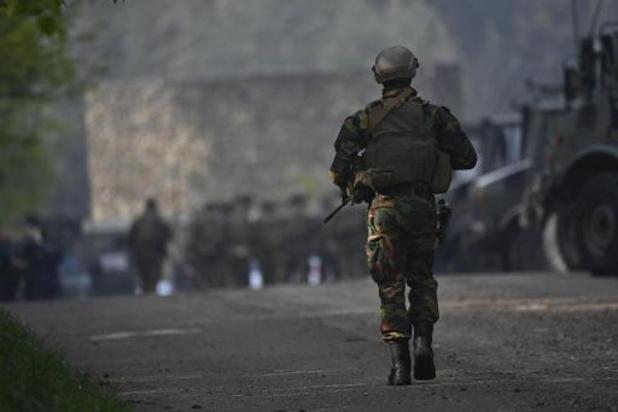 Politie en leger doorzoeken gebied met perimeter van 20 kilometer omtrek