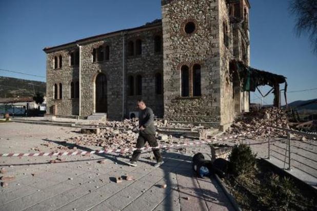 Bijna 900 huizen onbewoonbaar na aardbeving in Griekenland