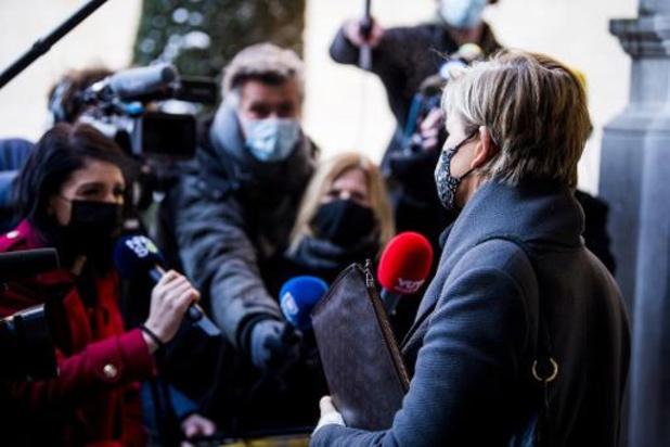 Rechtszaken tegen Jan Fabre en Bart De Pauw en moord Julie Van Espen op Antwerpse agenda