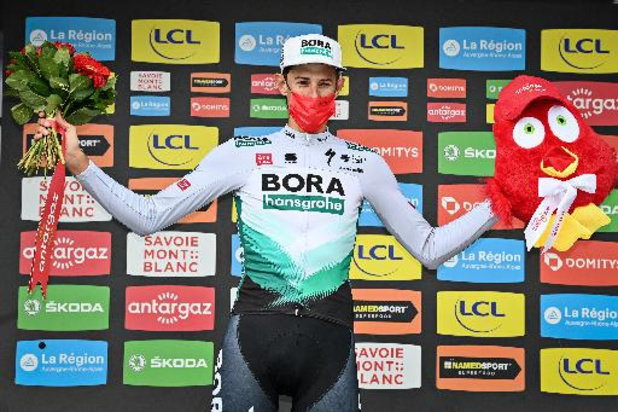 Tour de France: Nils Politt rijdt solo naar knappe overwinning