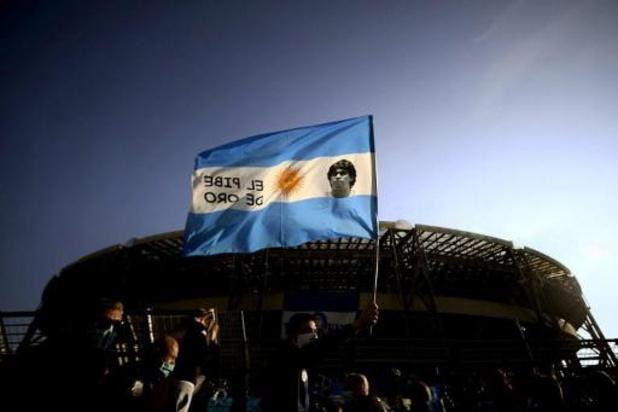 Proposition de loi pour des billets et des timbres à l'effigie de Maradona en Argentine