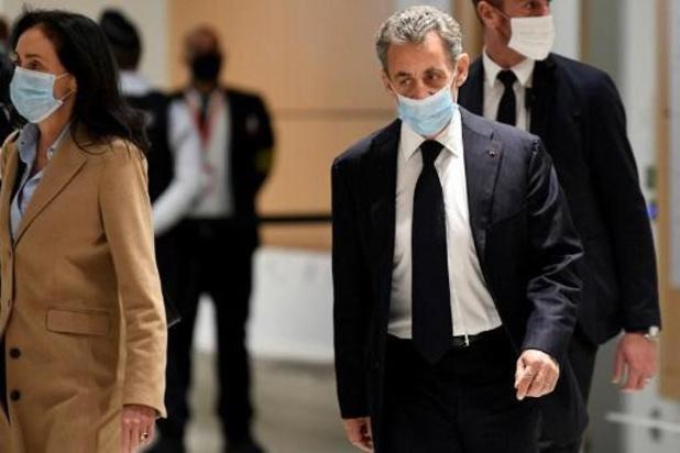 France: ouverture à Paris du procès pour corruption de l'ancien président Sarkozy