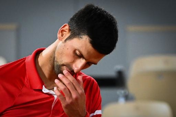 Novak Djokovic rejoint Rafael Nadal en demi-finales