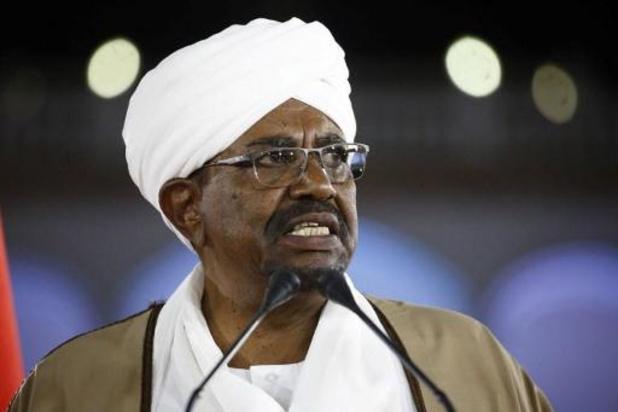 Soudan: l'ex-président Omar el-Béchir devant les juges