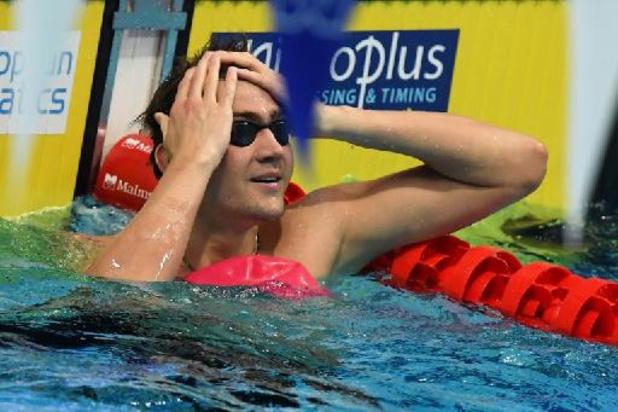 EK zwemmen: Kliment Kolesnikov verbetert opnieuw zijn wereldrecord 50m rugslag
