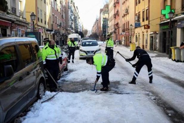 """""""Historische"""" kou na sneeuwstorm in Spanje"""
