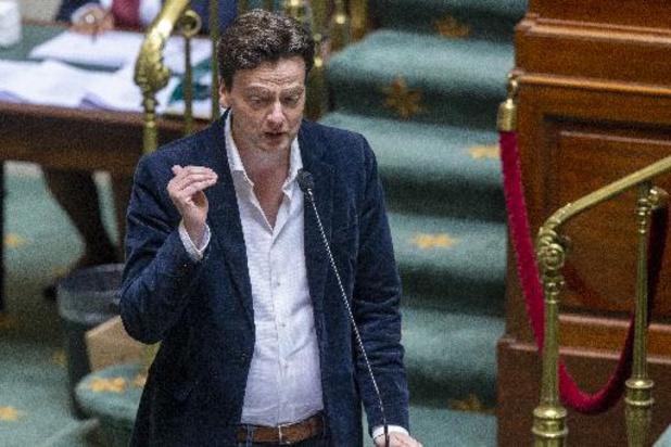 """Budget fédéral - François De Smet à Alexander De Croo : """"Vous êtes un homme maltraité par vos partenaires"""""""