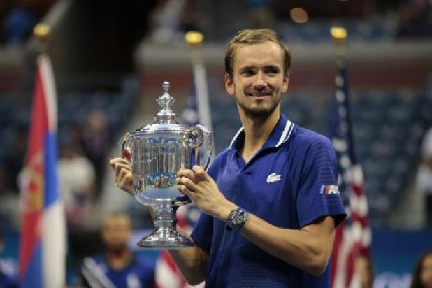 Medvedev en Tsitsipas hebben ticket voor ATP Finals op zak