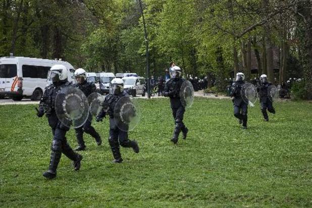 La Boum 2 - Politie pakt 60 mensen op, rust weergekeerd rond 21 uur