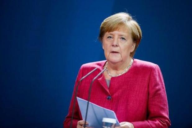 Allemagne: nouvelles restrictions si le nombre des contaminations ne se stabilise pas