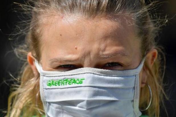 Greenpeace houdt bedankingsactie voor personeel van openbaar vervoer