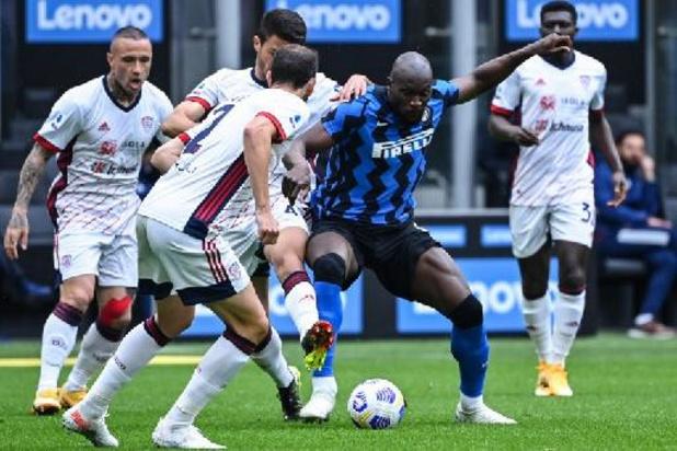 Inter blijft op titelkoers met zuinige winst tegen Cagliari