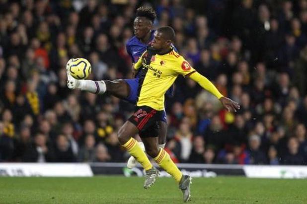 Belgen in het buitenland - Chelsea sprokkelt driepunter bij rode lantaarn Watford
