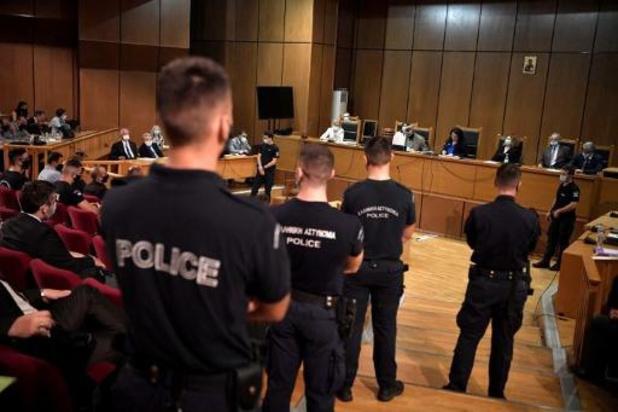 Leider van Griekse fascistische partij Gouden Dageraad veroordeeld tot dertien jaar cel