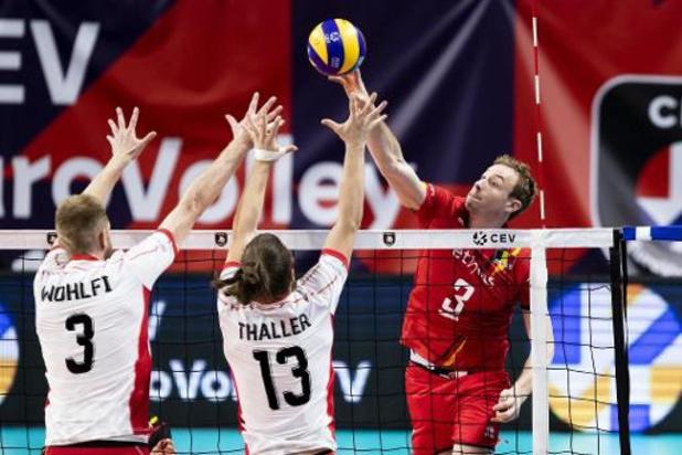 EK volley (m) - Red Dragons openen met 3-0 zege tegen Oostenrijk