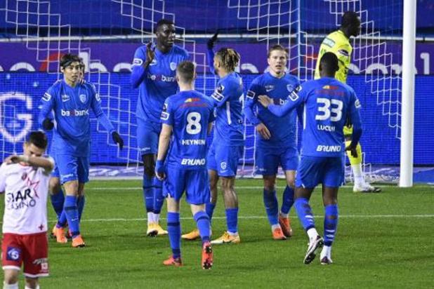 Jupiler Pro League - Genk zet scheve situatie recht tegen Moeskroen, nieuwe coach Van den Brom begint met zege