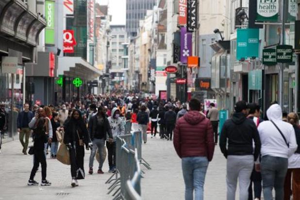 Les libéraux flamands proposent de suspendre le jour de repos hebdomadaire des commerces