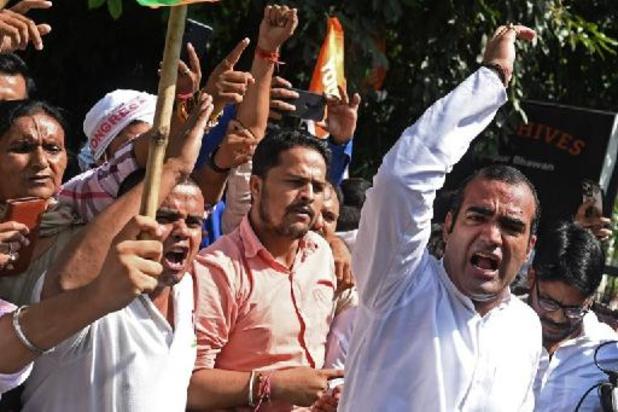 Inde: la police interdit les rassemblements au lendemain de heurts meurtriers