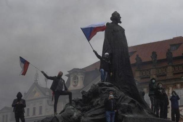 Coronavirus - Duizenden Tsjechen op straat tegen coronamaatregelen