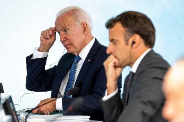 """Biden en Macron gaan verder praten om opnieuw """"vertrouwen te wekken"""" na duikbotenaffaire"""